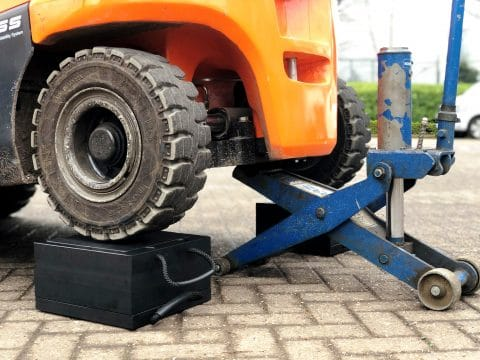 ECOSTAK Jacking Blocks Forklift Truck